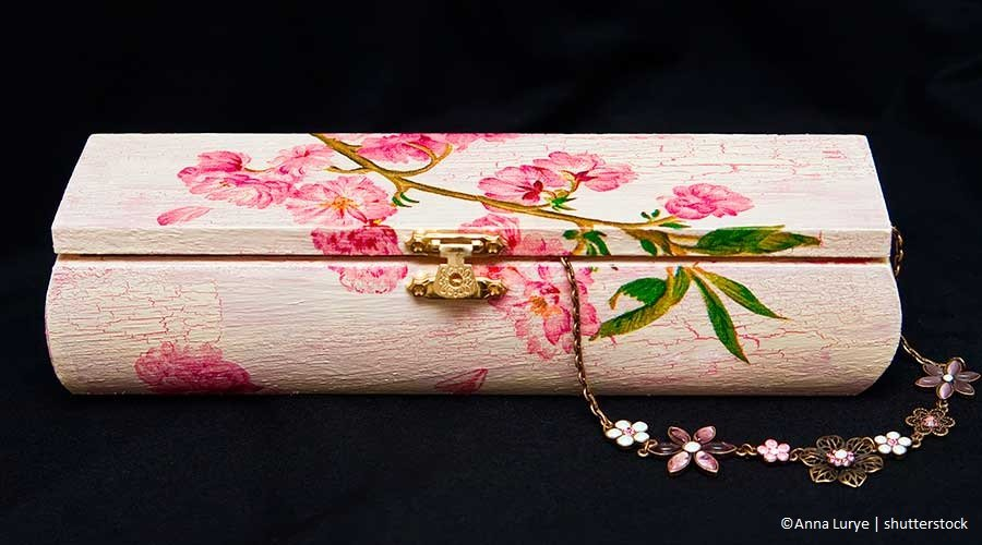 Bomboniere fai da te: scatoline porta confetti in legno