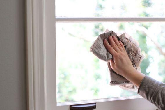 Come pulire Vetri, Specchi e Maniglie